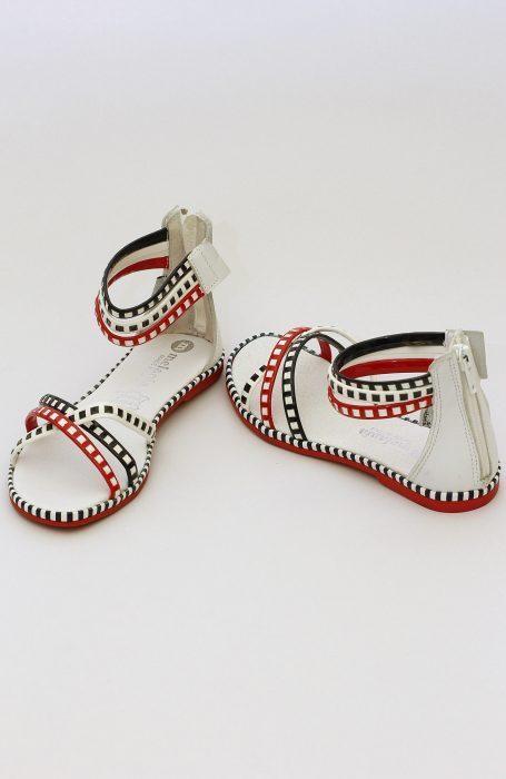 Sandale fete cu barete