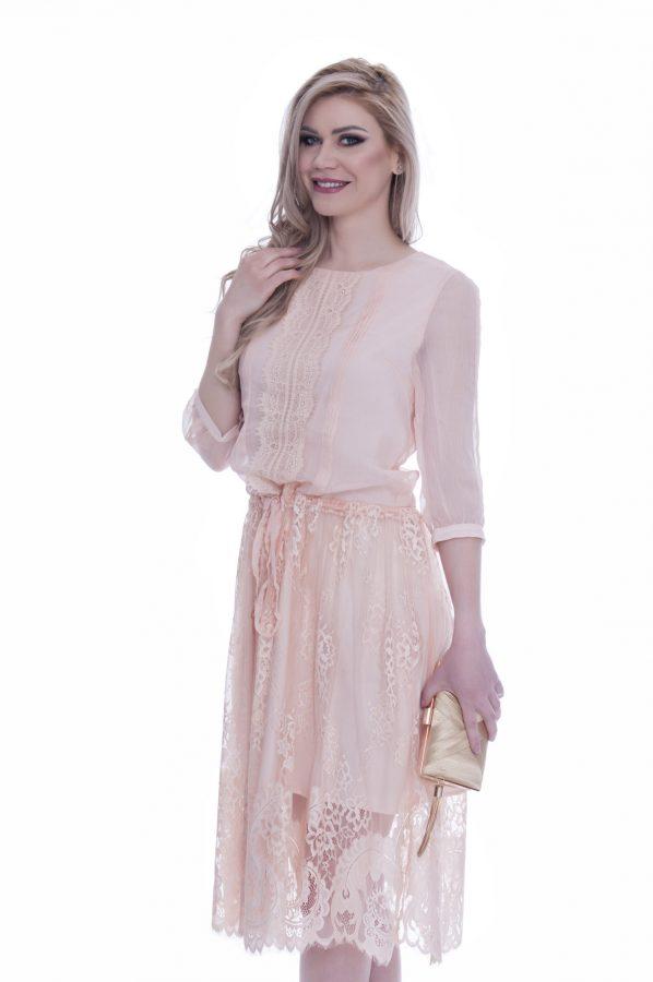 rochie-din-dantela-roz-prafuit (2)
