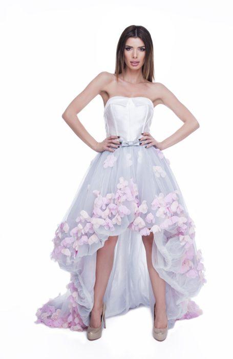 Rochie eleganta cu aplicatii flori