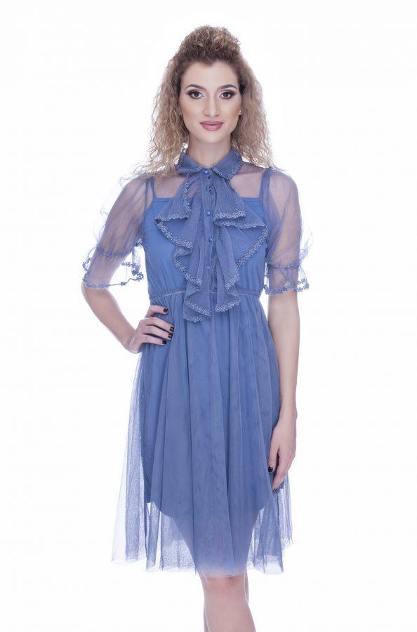 rochie-de-ocazie-albastra-cu-broderie-dantela