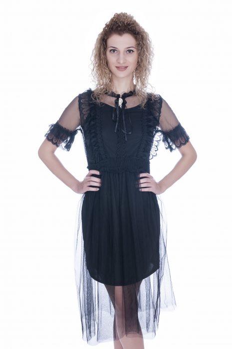 Rochie de ocazie neagra cu maneca scurta si camee