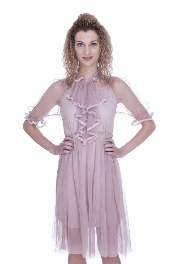 rochie-de-ocazie-roz-prafuit-cu-broderie-dantela