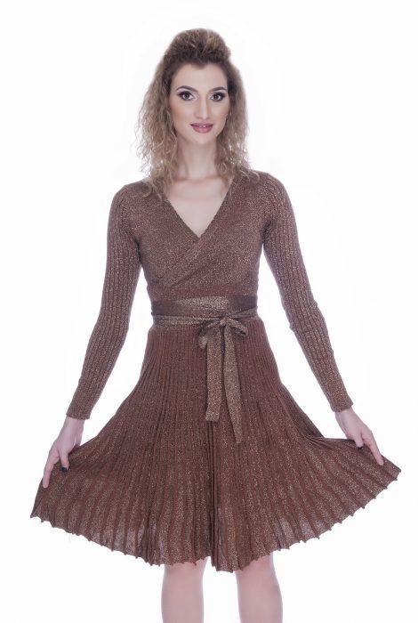 Rochie tricotata eleganta de zi maro