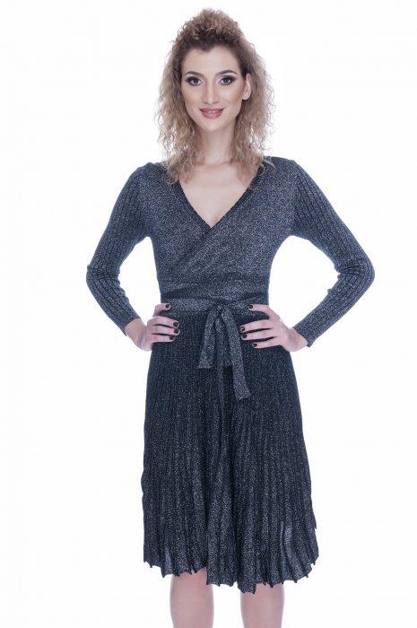 Rochie tricotata eleganta de zi neagra