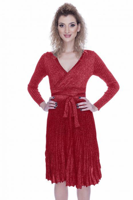Rochie tricotata eleganta de zi rosie
