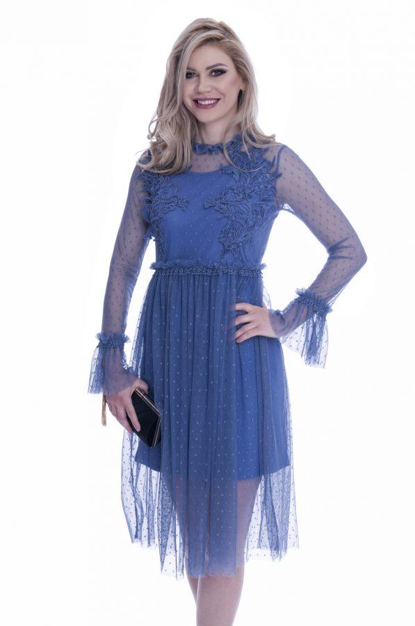 rochie-de-ocazie-cu-dantela-albastra (4)