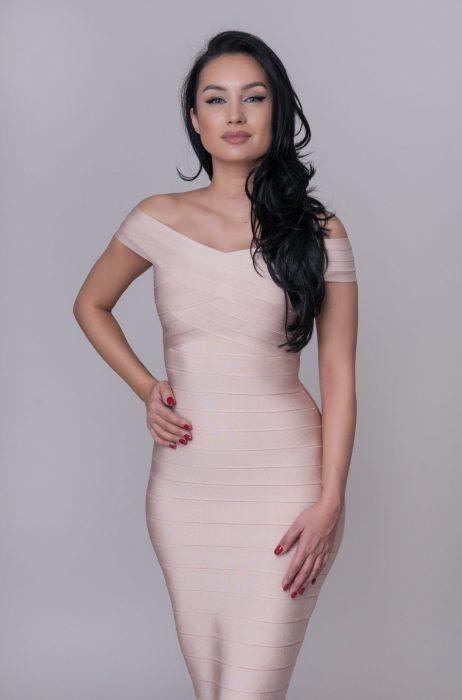 Modele de Rochii de Ocazie Midi pentru nunta, botez, banchet de la magazinul online Myfashionizer