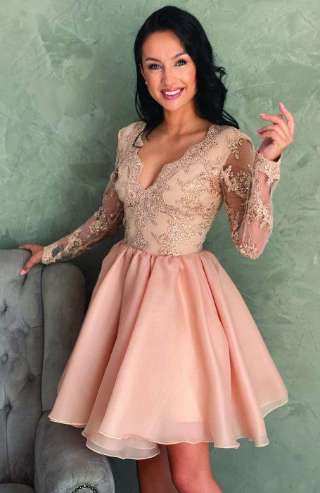 Rochie eleganta de ocazie din dantela si voal pentru nunta, botez, banchet sau cununia civila.