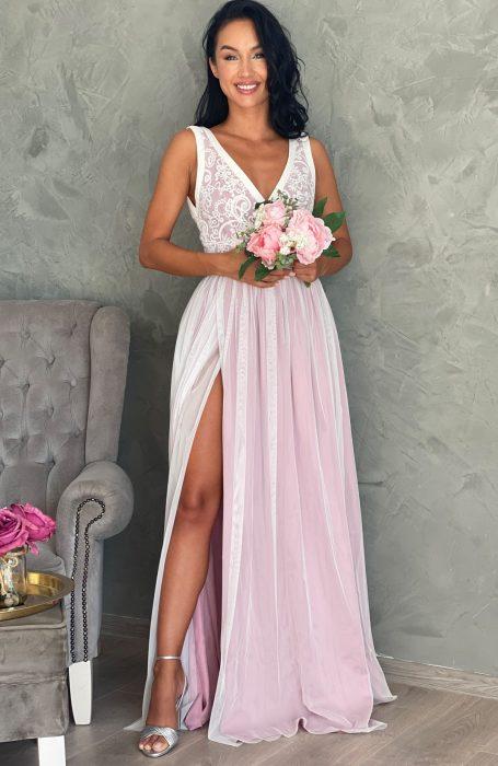 Rochie cununie civila lunga cu dantela alegerea inspirata pentru cununie. Alege sa porti o rochie din Colectia de Rochii Myfashionizer pentru ziua cea mare.
