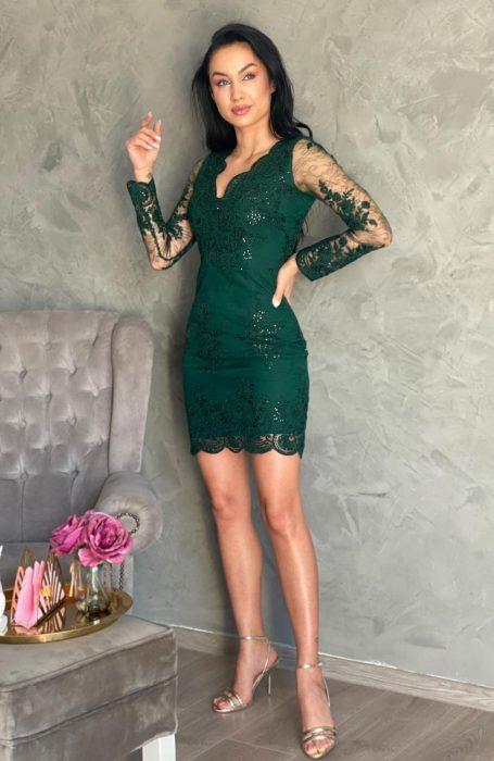 Rochie eleganta scurta din dantela verde pentru ocazii speciale de la Myfashionizer.