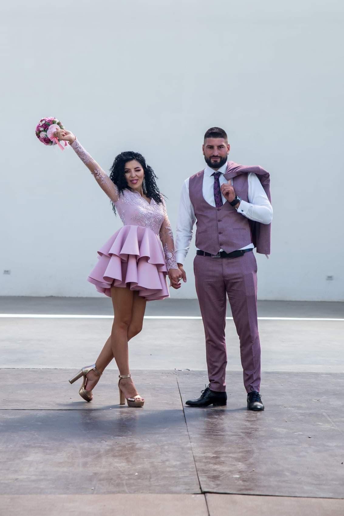Rochie pentru cununia civila roz pudrat.
