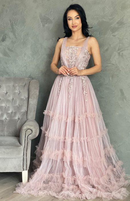 Rochie de ocazie lunga din tull pentru viitoare mirese sau nunta.